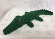 crocodile en laine feutree
