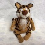 peluche tigre en laine feutree