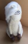 peluche cheval en laine feutree