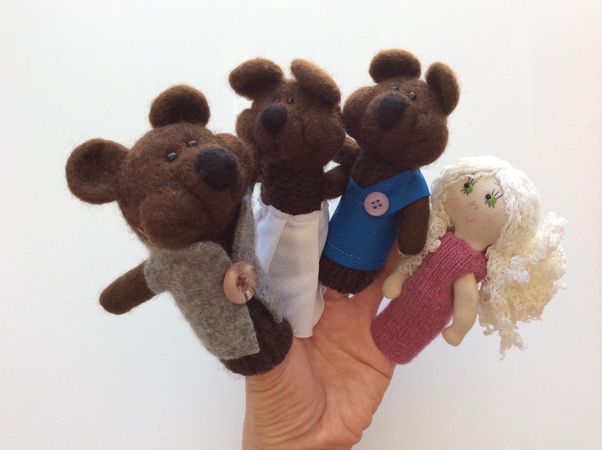 Boucle d'or et trois ours. – OMIKSE