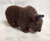 peluche bison en laine feutree